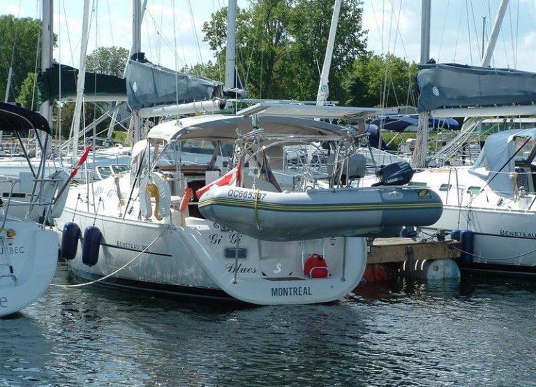 beneteau-323-oceanis-02.jpg
