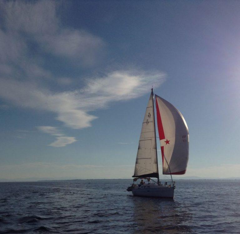 beneteau-oceanis-323-01.JPG