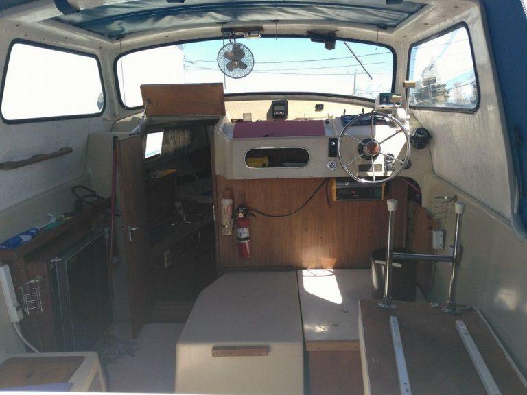 bateau-albin25-10tb.jpg
