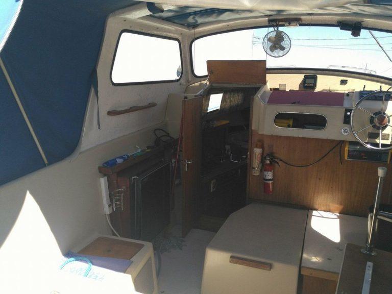 bateau-albin25-11tb.jpg