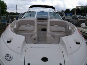 searay220sd-07.jpg