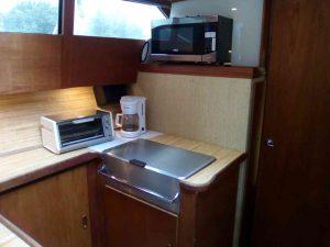 bateau-trojan-f30-09.jpg