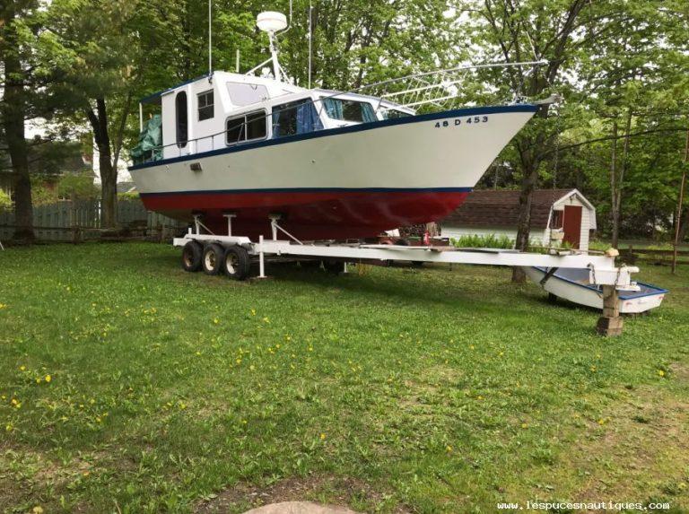 bateau-en-acier-34-ft-60436535_large.jpeg