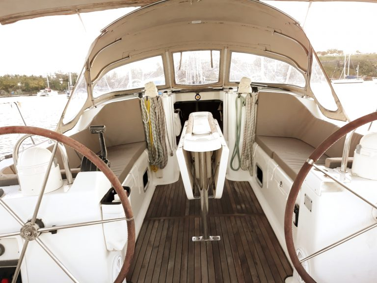OCEANIS 473 SWELL 2002 Version Clipper Commodore (14).jpg