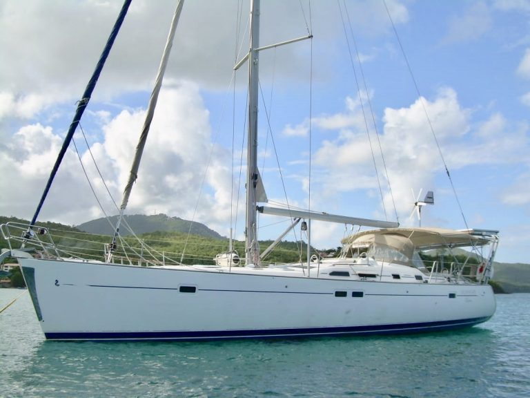 OCEANIS 473 SWELL 2002 Version Clipper Commodore (41).jpg