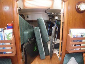 5 Pince vélos (chambre avant).JPG
